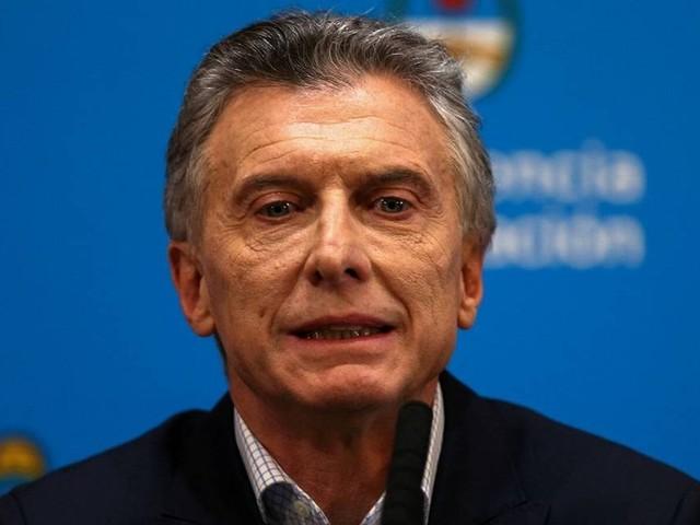 Fitch reduz nota da Argentina para grau altamente especulativo; S&P também rebaixa classificação