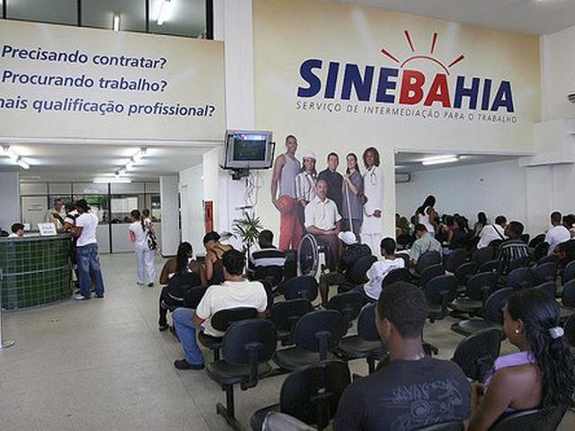 Confira as vagas oferecidas pelo SineBahia nesta segunda-feira (20)