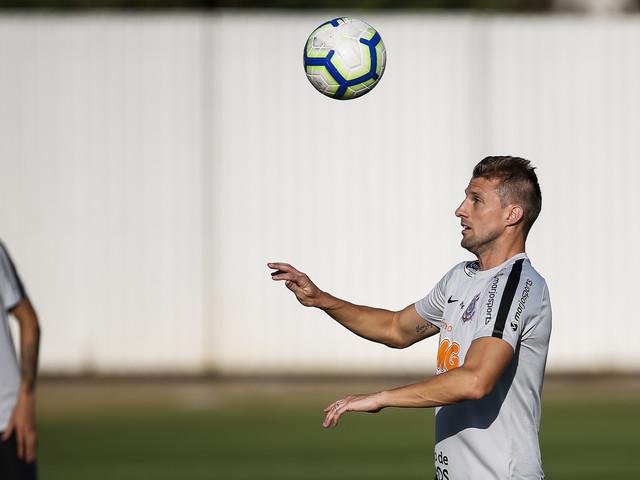 Confira as fotos do treino desta sexta-feira do Corinthians