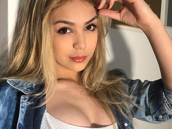 Sexualização de Melody ganha o mundo e famosa americana faz campanha para acabar