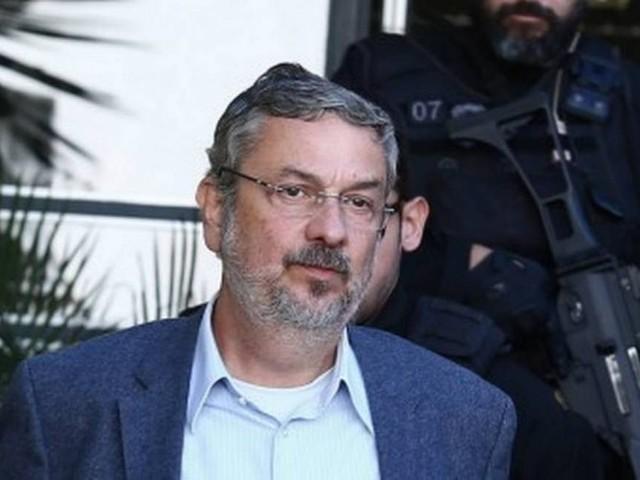 Filho de Lula recebeurepasses ilícitosde montadoras, reafirma Palocci