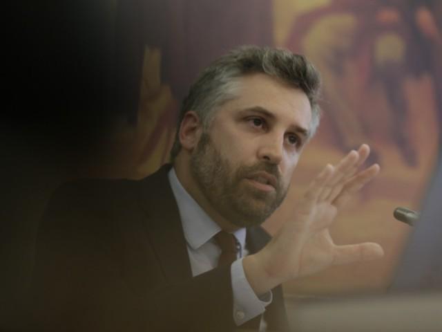 Assembleia da Madeira requer audição parlamentar ao ministro Pedro Nuno Santos