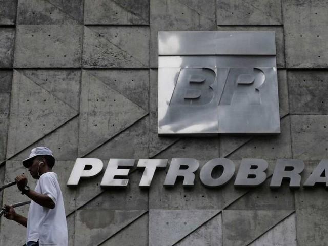 Após lucro recorde, Petrobras repassará R$ 2,9 bi a União, suficiente para comprar 220 milhões de doses de vacina