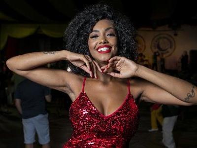 Mais Carnaval   Aos 28 anos, Pâmella Gomes completa bodas de prata na Tom Maior