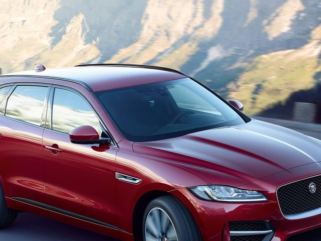 Jaguar XE, XF e F-Pace ganham motor Ingenium de 300 cv