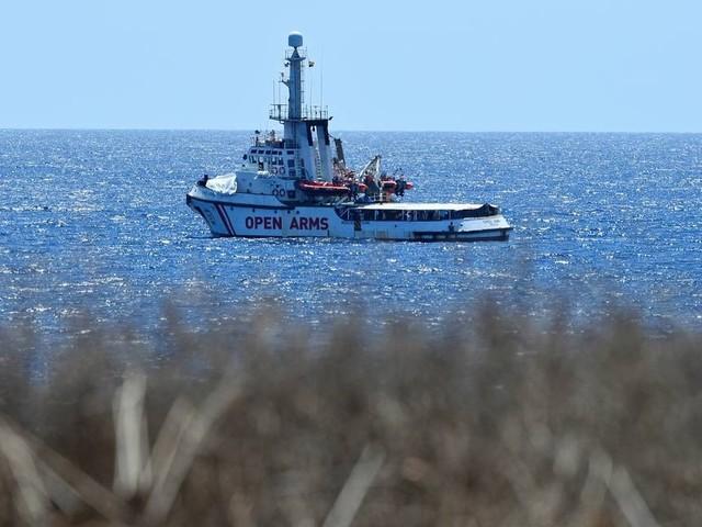 Crise envolvendo navio de resgate humanitário 'Open Arms' contrapõe Itália, Espanha e ONG