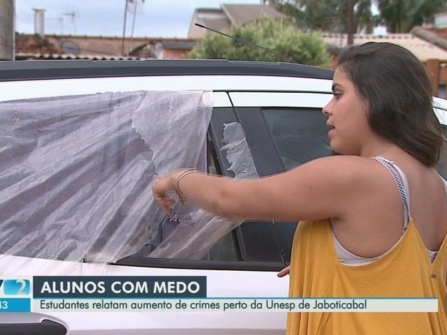 Após ter carro arrombado em Jaboticabal, estudante ironiza em post a ladrão: 'Leve o que quiser'