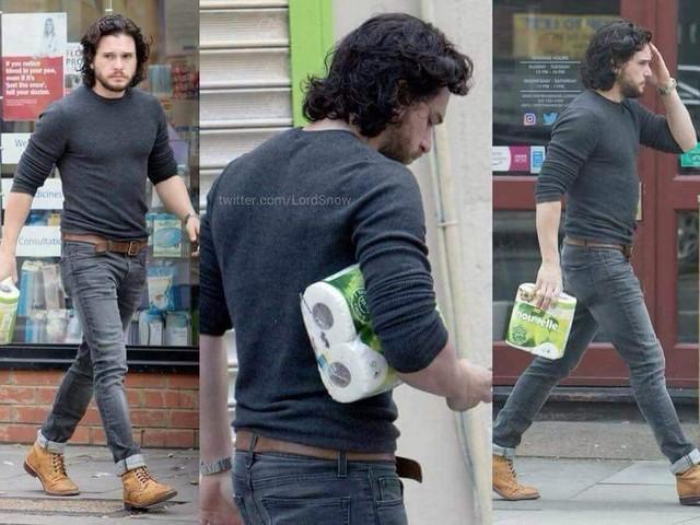 Fotos de Jon Snow vazam e deixa internet intrigada. Será spoiler?