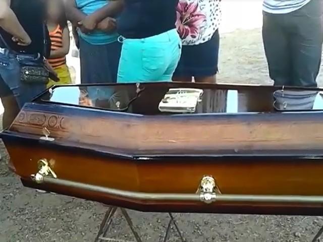 SOBRAL: Família relata desespero ao descobrir troca de corpos durante velório
