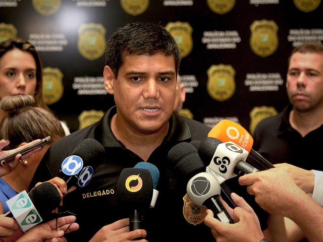 Dupla suspeita de assaltar ônibus e levar R$ 150 mil de turistas é presa em Manaus