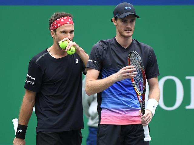 Bruno Soares e Jamie Murray caem na estreia do ATP 500 de Viena