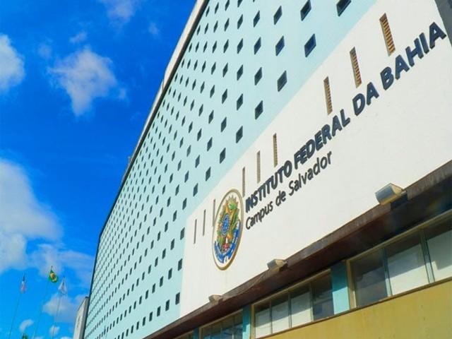 IFBA abre 595 vagas para transferências internas e externas para 11 cursos em Salvador