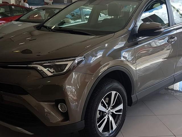Novo Toyota RAV4 2018: preço, consumo, detalhes - vídeo