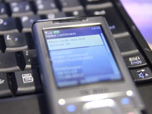 Sinta-se velho: o primeiro SMS foi enviado há 25 anos