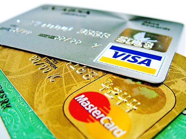 Mercado de cartões deve crescer com aumento do consumo, diz associação