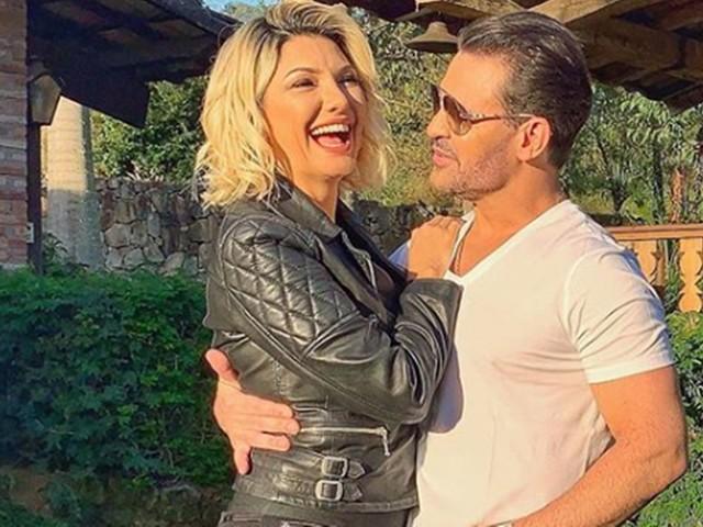 Eduardo Costa posa com Antônia Fontenele, mas ex reaparece e recebe declaração bombástica do cantor