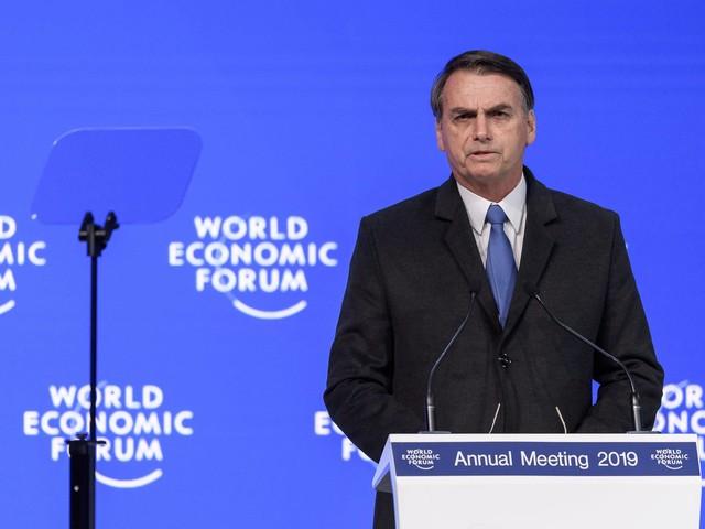 Bolsonaro critica multa de 40% do FGTS em demissão sem justa causa