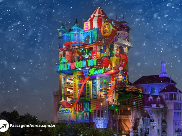 Disney divulga imagem da Tower of Terror decorada para o Natal