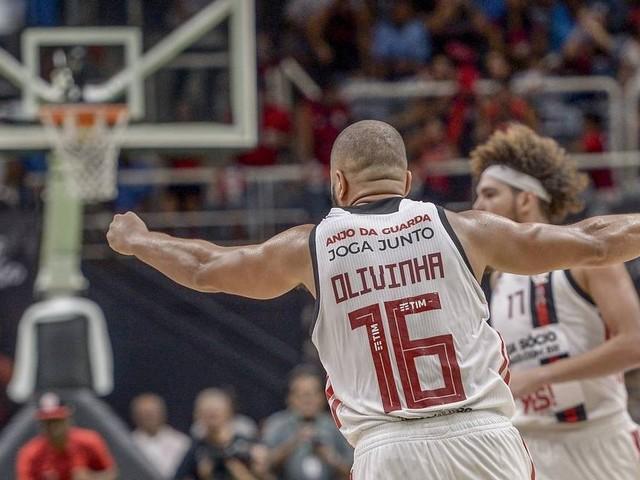 NBB: Flamengo vence Franca com brilho de Olivinha