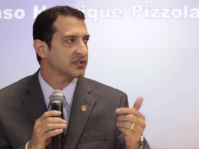 Diretor da PF viaja para Curitiba e se reúne com Sergio Moro