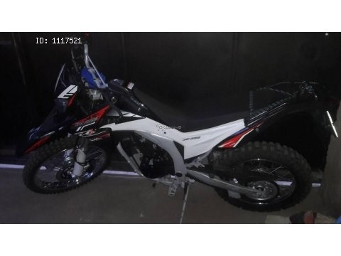 Vendo Moto Genesis SX2