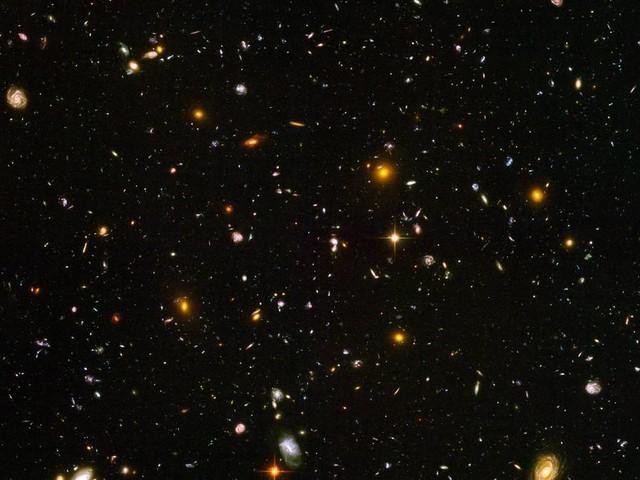 Físico brasileiro avança com teoria cosmológica que dispensa Big Bang