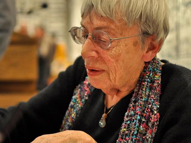 Morreu a escritora norte-americana Ursula K. Le Guin