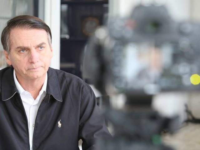 'Se alguém falou em fechar o STF, precisa de um psiquiatra', diz Bolsonaro