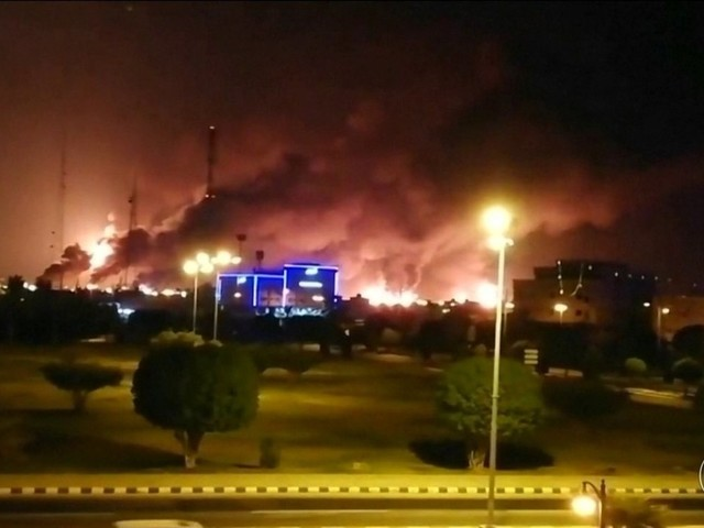 Arábia Saudita diz que normaliza produção de petróleo até o fim de setembro