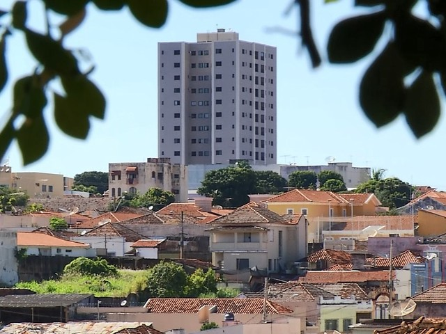Moradores reclamam do aumento na cobrança do IPTU em Uberaba