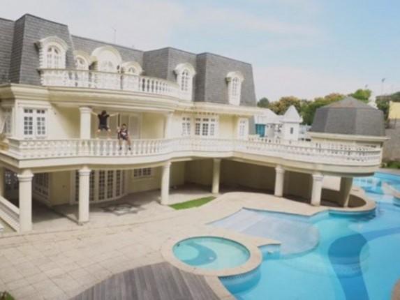 Participante famoso do BBB tem fortuna descoberta, e imagens da mansão de R$ 20 milhões deixam público chocado