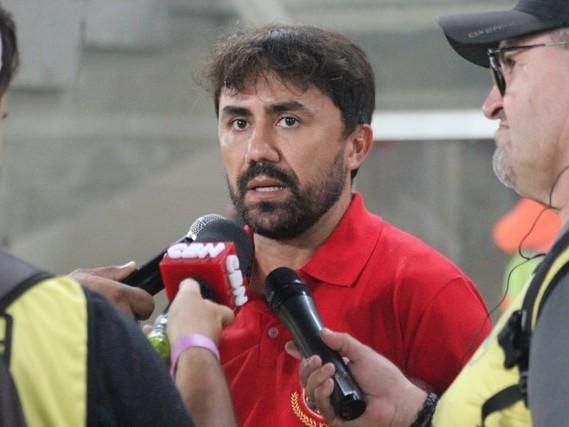 Na zona de rebaixamento da Série C, Treze estreia técnico contra o Santa Cruz