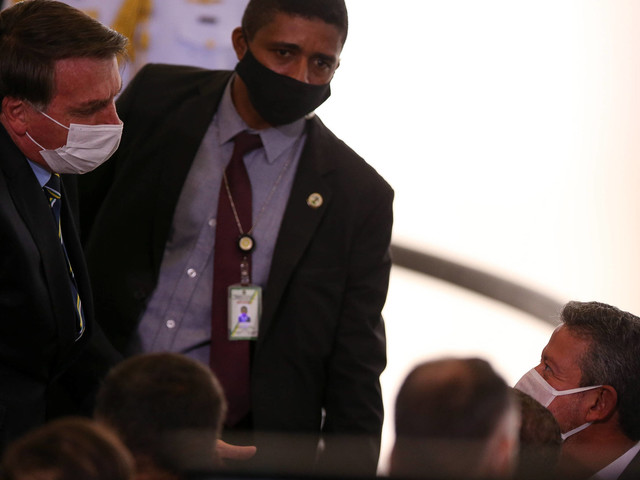 Crise entre poderes | Em gesto ao STF, Planalto tira críticos da corte de vice-liderança da Câmara