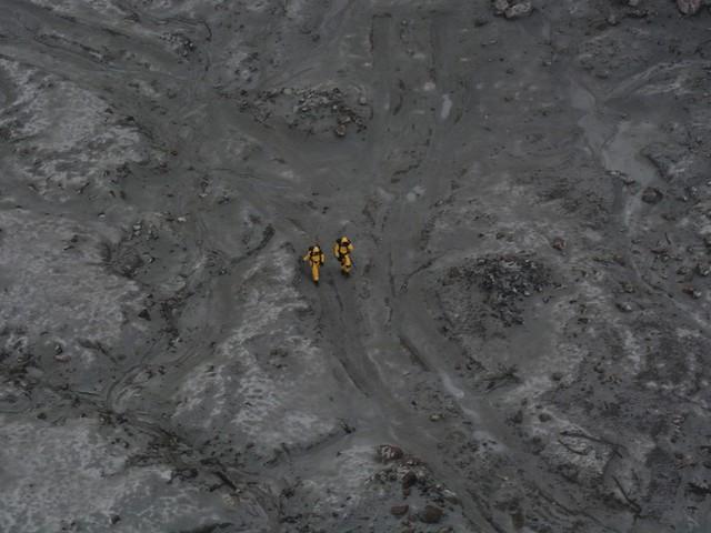 Sobrevivente de erupção de vulcão na Nova Zelândia morre no hospital; nº de vítimas sobe para 16
