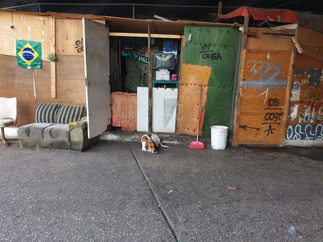 Justiça determina reintegração de posse de ocupação do viaduto Alcântara Machado, onde vivem 150 pessoas