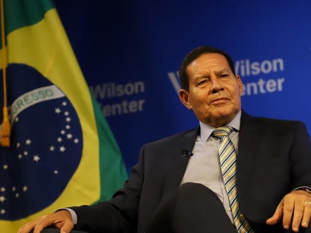 """Mourão diz que a ditadura """"matou poucas pessoas"""""""