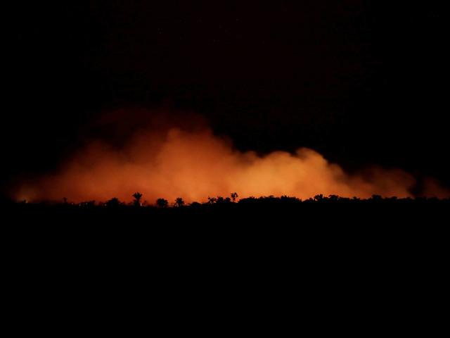 Mais sobre incêndios | Exército fica à frente de ação na Amazônia para dar recado sobre soberania