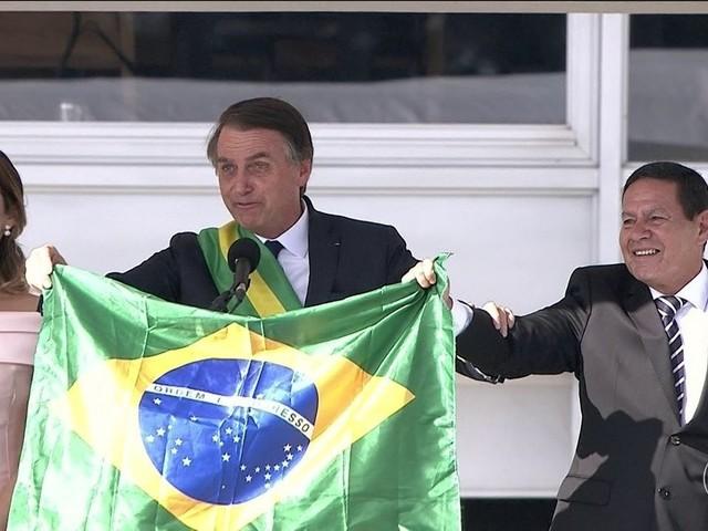 Em discurso, Bolsonaro diz que Brasil precisa deixar de lado a divisão ideológica