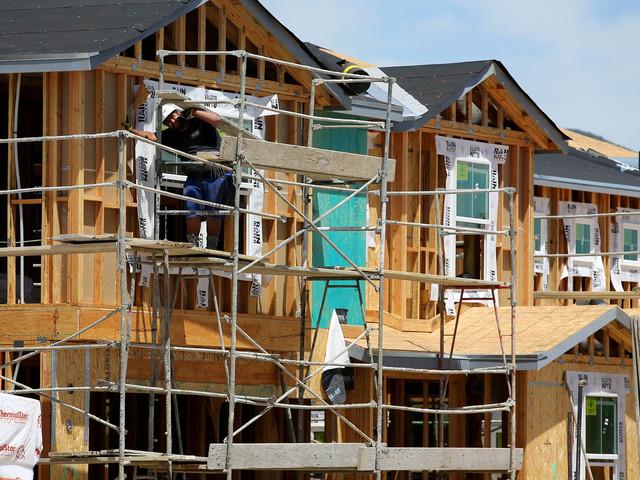 Construção de moradias nos EUA cai ao menor nível em quase 2 anos