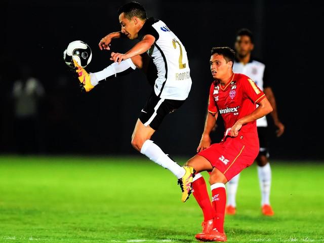 Veja fotos da passagem de Rodriguinho pelo Corinthians