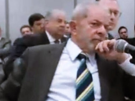 Sergio Moro pede para interrogar Lula por videoconferência