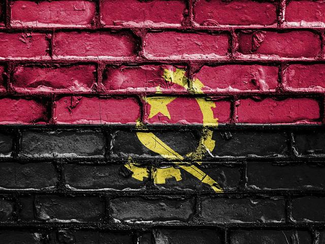 """""""Corrupção? Problema não está nas pessoas mas sim no ambiente"""", diz ministro da Justiça angolano"""