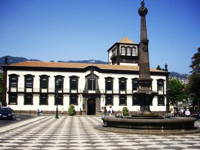Tomada de posse da nova vereação da Câmara Municipal do Funchal adiada para sexta-feira