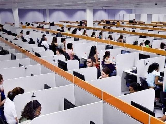 Tecnologia ameaça metade dos empregos no país. Veja as profissões que podem ser afetadas