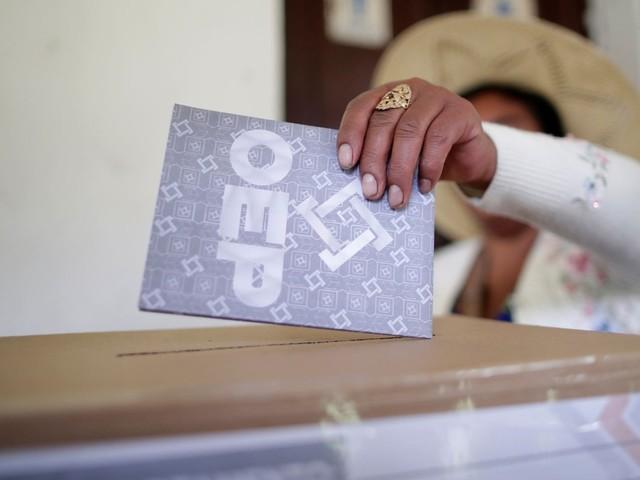 Votação em eleições para presidente na Bolívia é encerrada