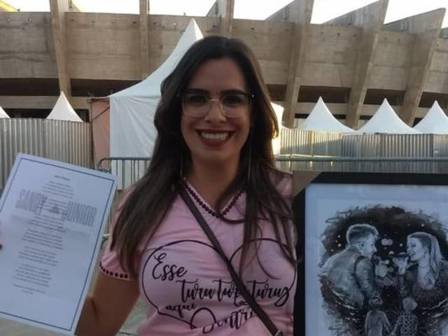 Fã de Sandy e Junior presenteia a dupla com desenho que retrata os filhos dos artistas