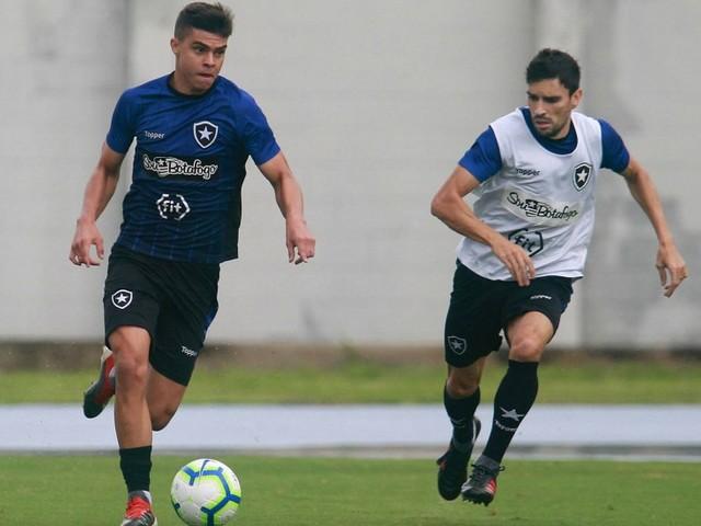 Sem tempo, irmão: Botafogo mal lamenta derrota e vira a chave para a Sul-Americana