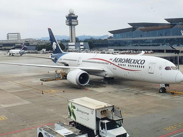 Como é voar na Classe Econômica da Aeroméxico durante a pandemia
