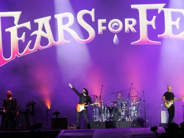 Tears for Fears recria bailão nostálgico e fala português em show no Rock in Rio