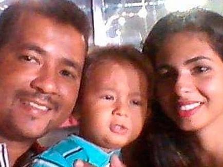 Mãe e filho vítimas de tragédia com lancha são enterrados em Salvador